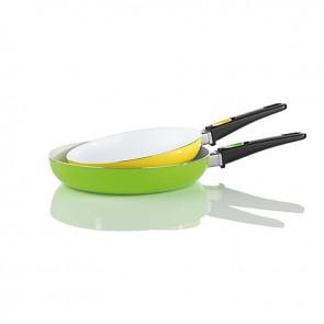 BRATmaxx Keramik-Pfannen mit abnehmbaren Griffen, 2er-Set gelb/grün - Freisteller